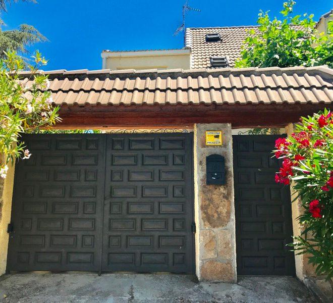 129523147 660x600 - Chalet en Guadarrama / Alpedrete