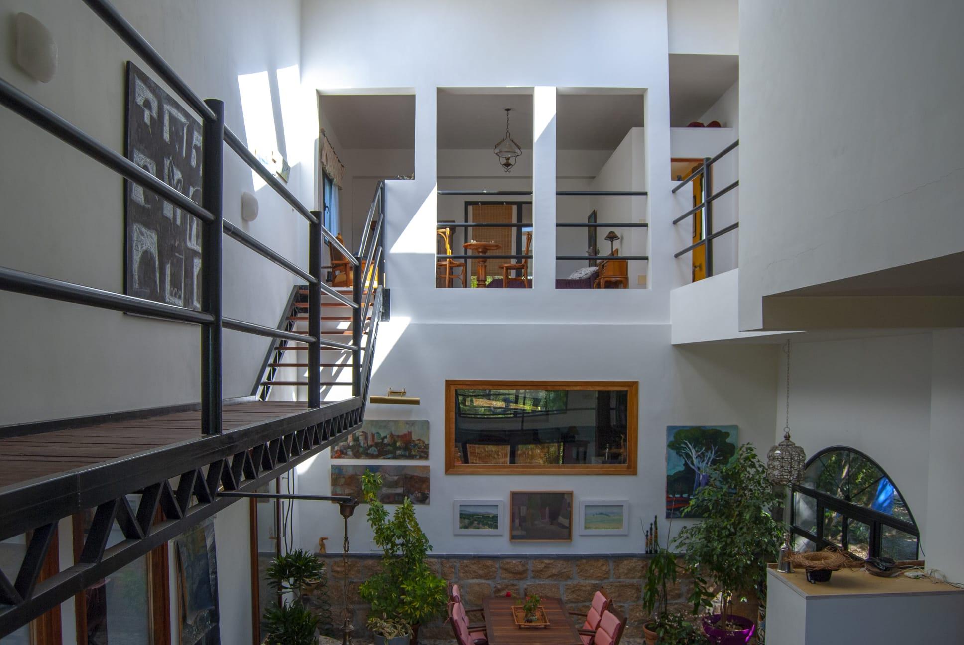 Chalet de diseño  en venta en urbanización privada El Escorial